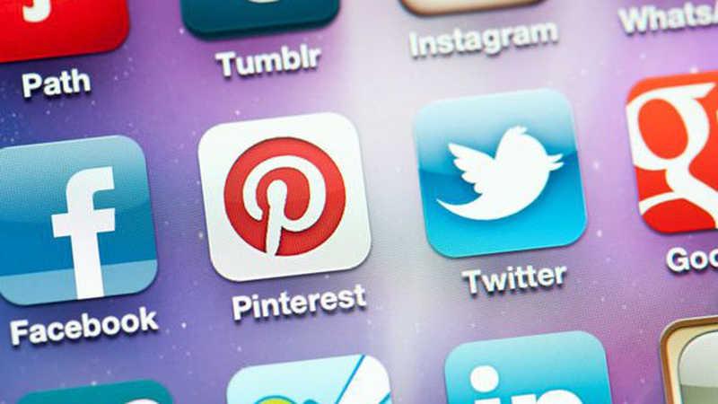 أشهر مواقع التواصل الاجتماعي مدونة الموقع العربي